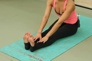 Safe Yoga Postures Before Knee Replacement Surgery
