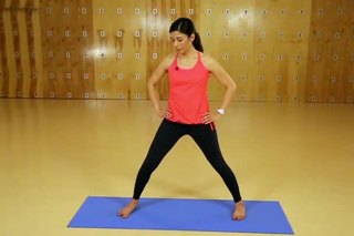 Step-by-Step Yoga Poses That Help You Lose Weight & Tone Your Body