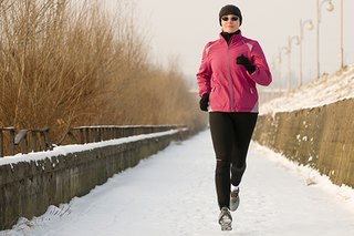 16 Simple Tips to Stay Fit This Winter