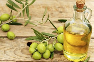 The Hidden Benefits of Greek Olive Oil