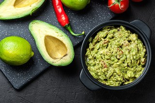 Game-Day Guacamole With a Secret Ingredient