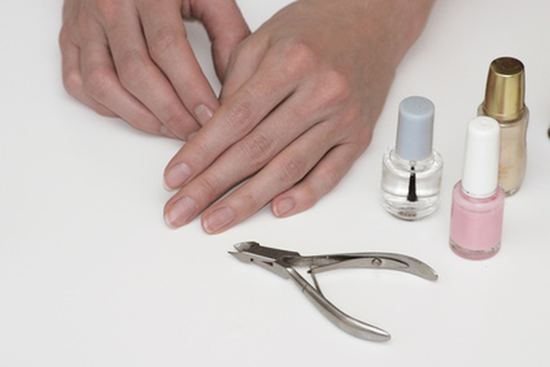 Nail Salon Fungus   LIVESTRONG.COM