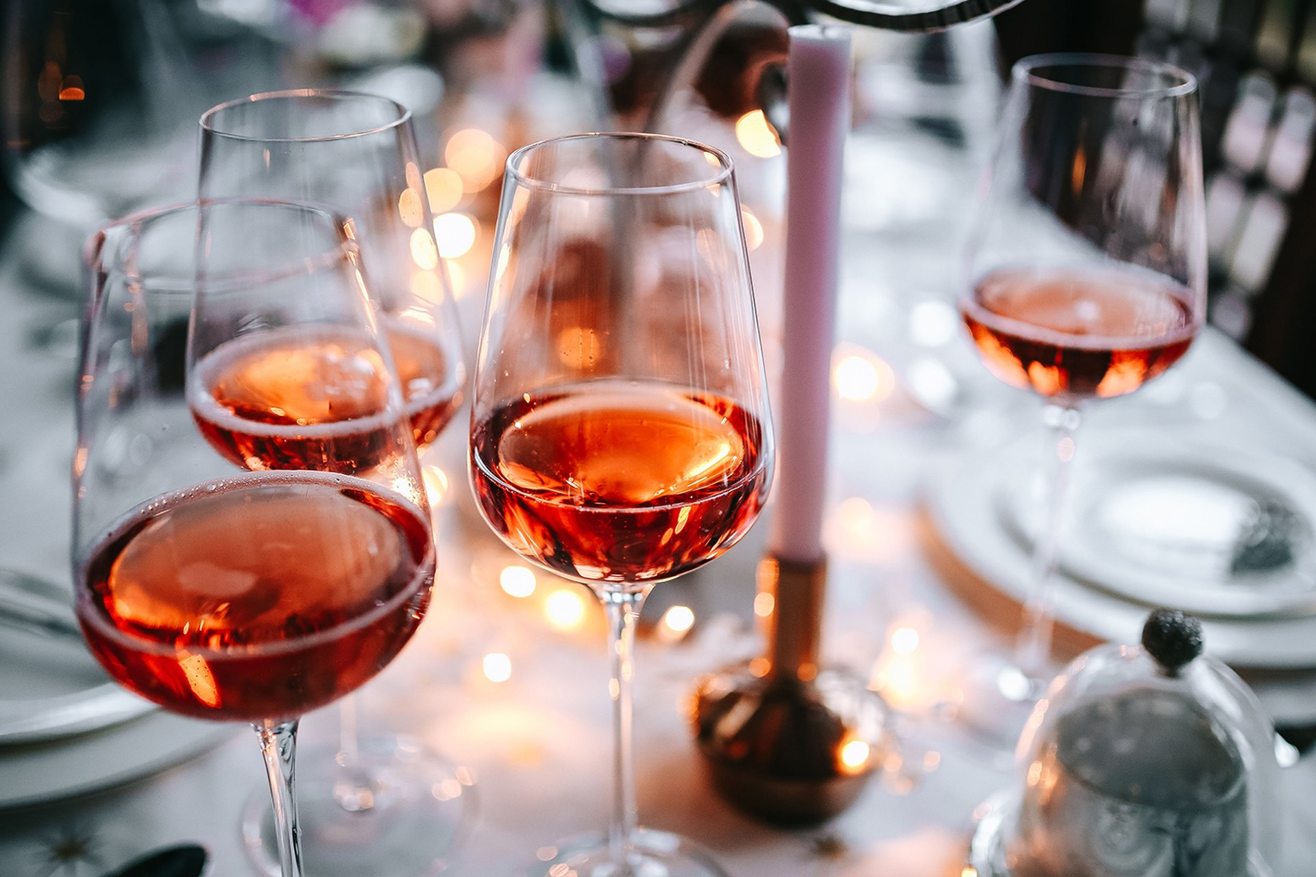 What Are the Health Benefits of Rose Wine? | LIVESTRONG.COM
