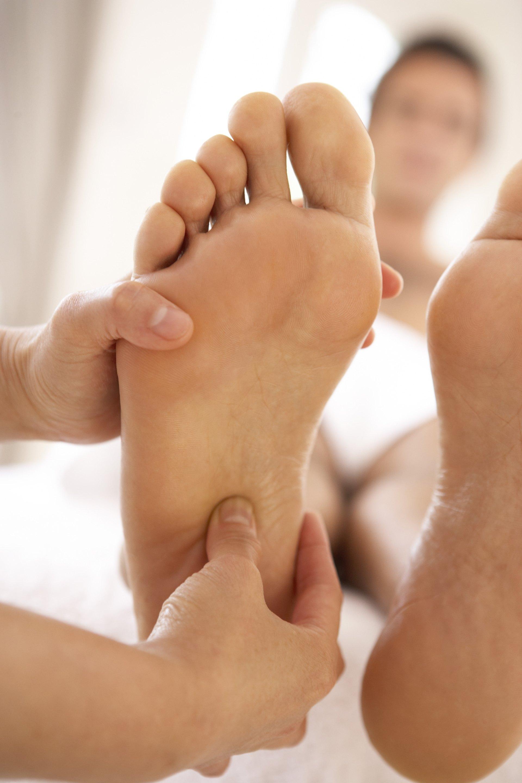 Foot bottom numness