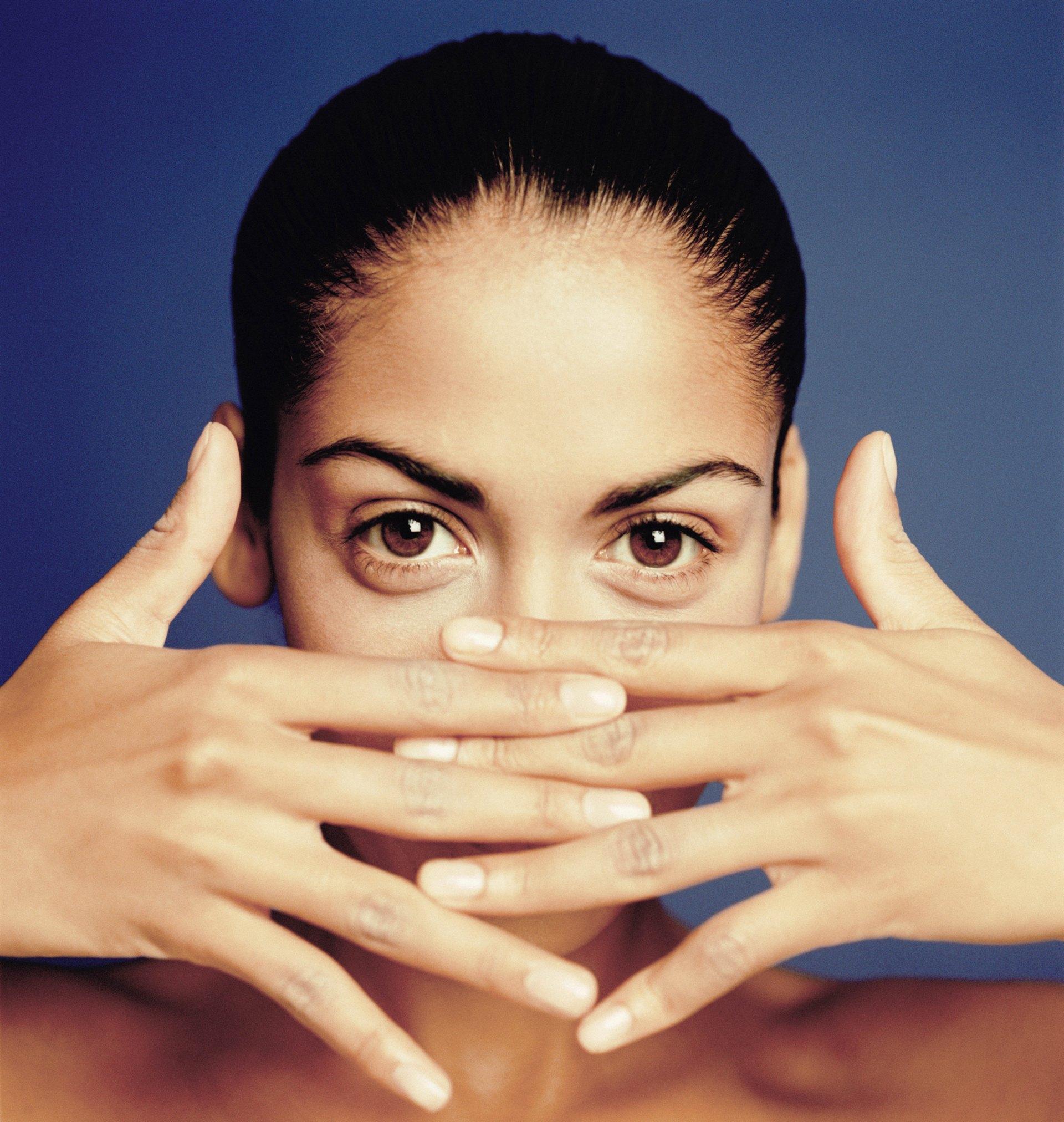 Splitting & Peeling Nails from a Vitamin Deficiency   LIVESTRONG.COM