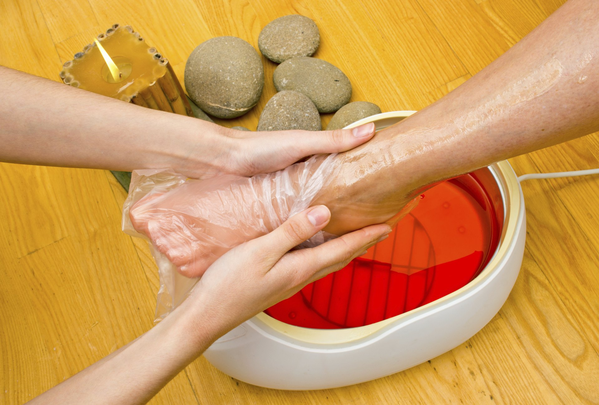 Paraffin Wax Treatment for Feet | LIVESTRONG.COM for Paraffin Wax Foot Bath  117dqh