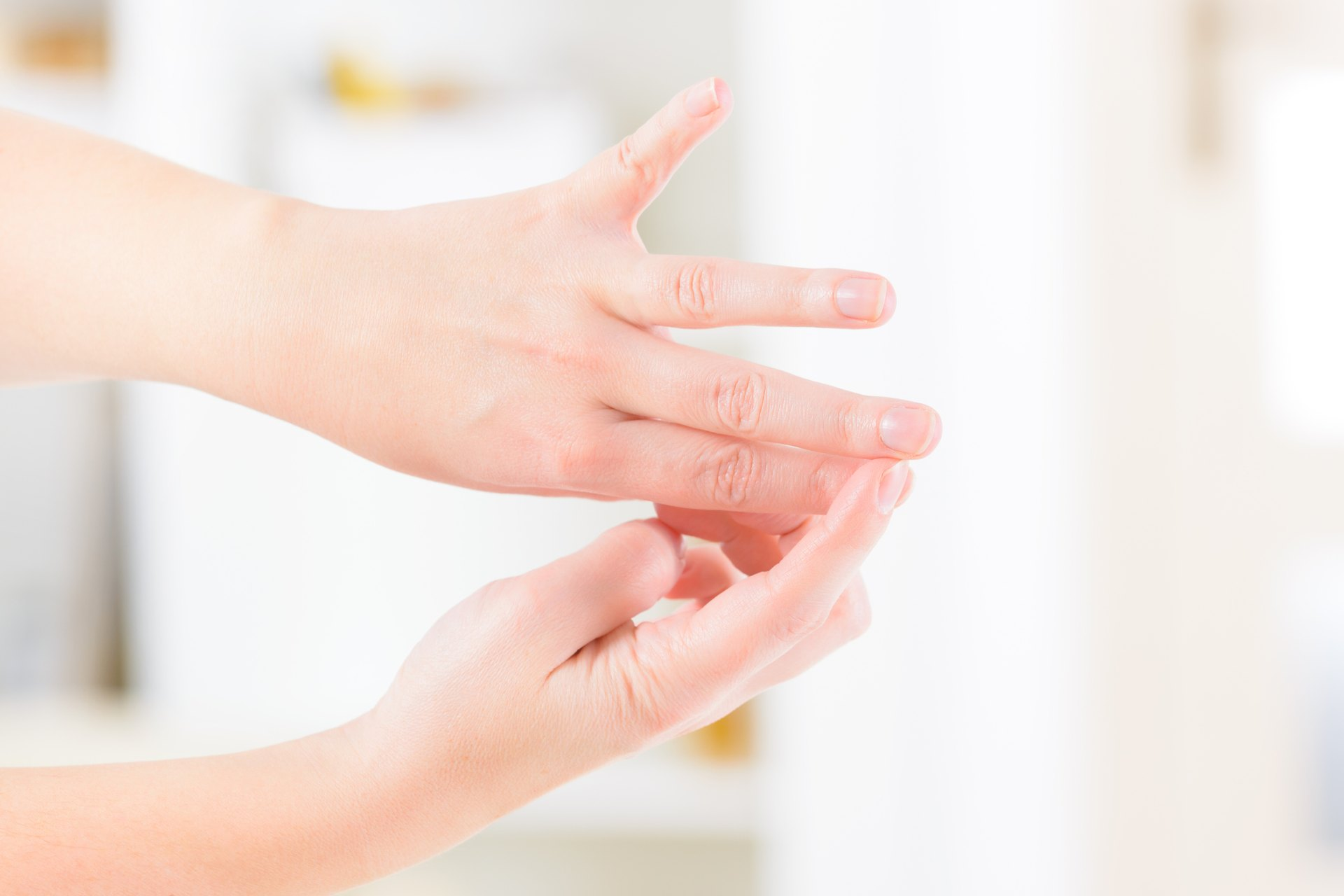 Acupressure Points on the Fingers & Feet | LIVESTRONG.COM