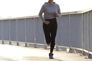 How to Avoid Stomach Issues When Running a Marathon ...