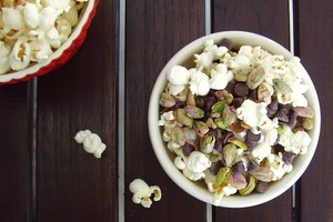 7 Healthy 3-Ingredient Snacks