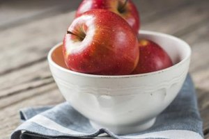 Are Apples Good for High Blood Pressure & Cholesterol?