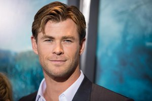 Shirtless Chris Hemsworth Shows Us How to Get a Body Like Thor