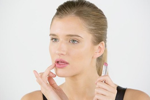 DO: Pick the Right Lipstick