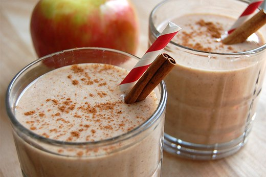 3. Apple Crisp a la Mode Smoothie