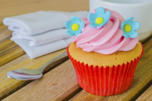 7. Commercial Cake Frosting