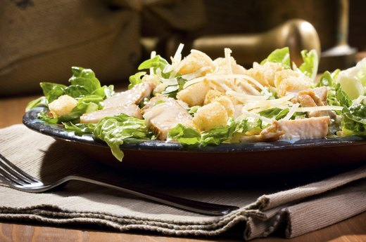 4. BETTER: Applebee's Grilled Chicken Caesar Salad (Half-Portion)