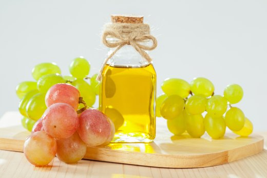 1. The Best Oil for Vinaigrette Dressing: Grapeseed