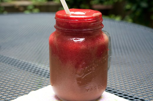 5. Strawberry-Cocoa Layered Smoothie