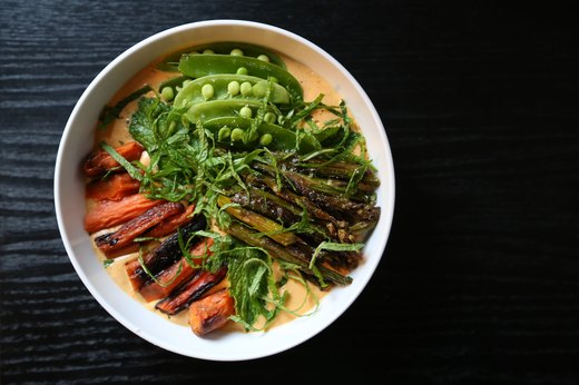 8 Brunch Bowls You're Going to Dream About the Night Before