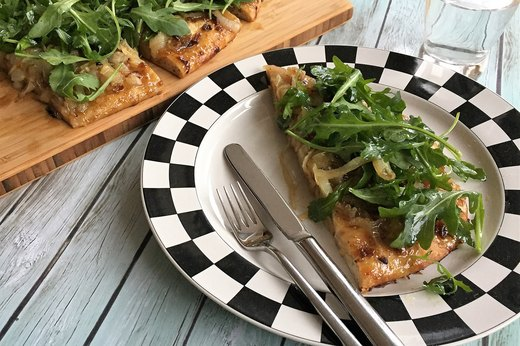 5. Baby Arugula, Fig Jam and Caramelized Onion Pizza
