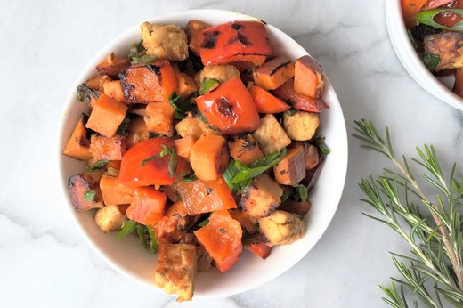 5. Spicy Tempeh, Red Pepper and Sweet Potato Hash