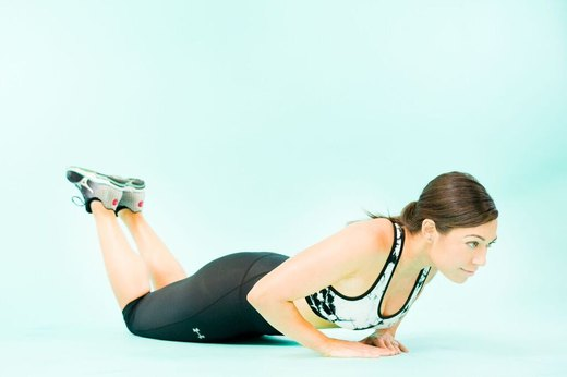 8. Triangle Push-Up