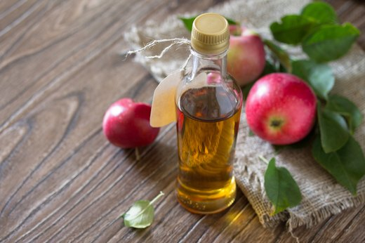 6. Curb Cravings With Apple Cider Vinegar