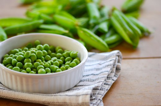 2. Peas (1 cup = 5 grams of protein)