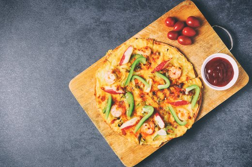 14. Shrimp and Basil Pizza