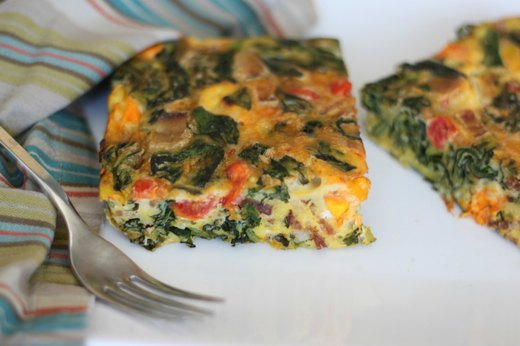 Sun-Dried Tomato Bacon Frittata With Garlic Aioli