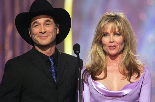 9. Lisa Hartman and Clint Black