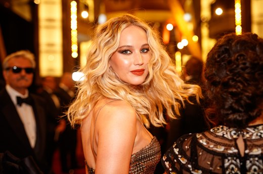 Jennifer Lawrence, Megan Fox and 6 Other Celebrities Who Are Total Germaphobes
