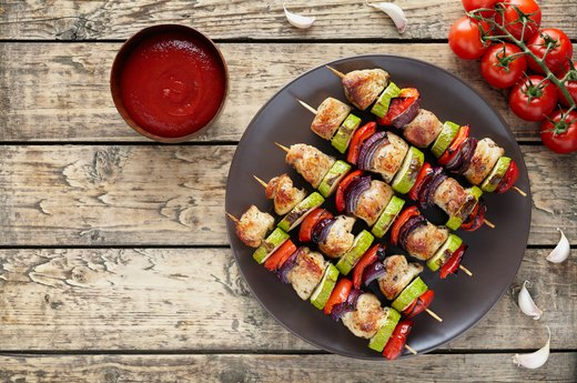 How to Cook Shish Kabobs in the Oven