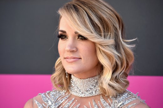 Carrie Underwood Swears by These 6 Healthy Eating Tricks